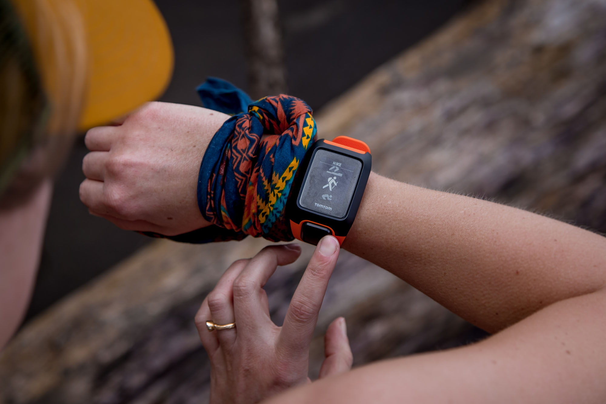 www.boulderingonline.pl Rock climbing and bouldering pictures and news TomTom Adventurer Watch